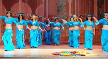 Bellydance skirt and top in turquoise, custom-designed by Dhyanis